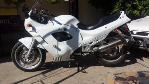 Motocicleta neinscriptionata