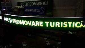 reclama luminoasa centrul de informare turistica