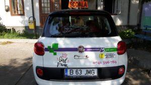 Colantare masina de scoala auto